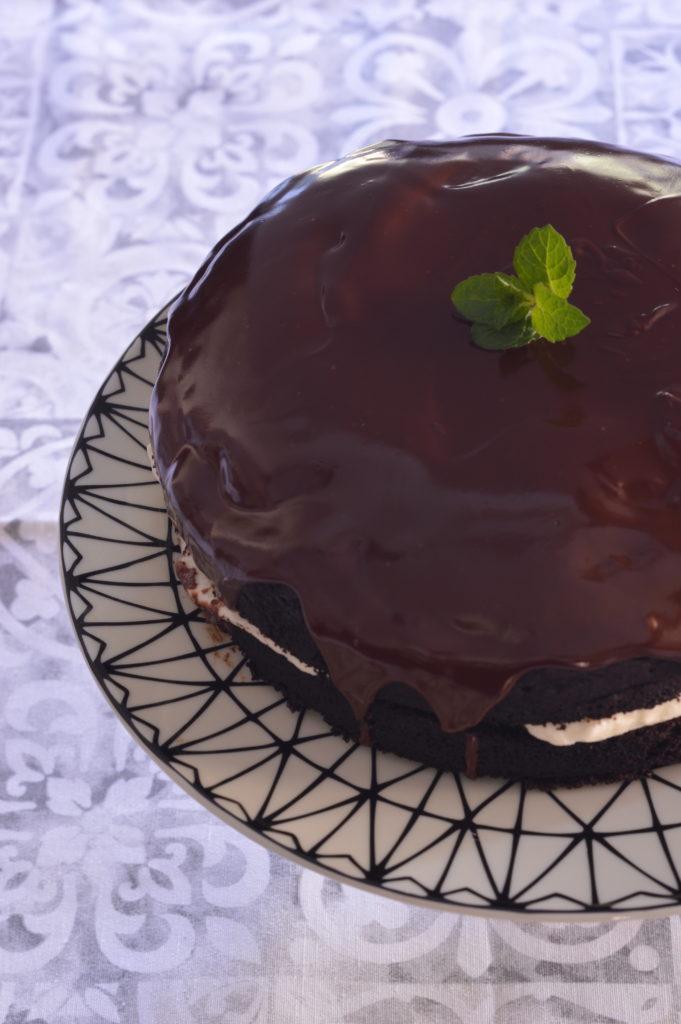 Torta-ripieno-cioccolato-latte-condensato