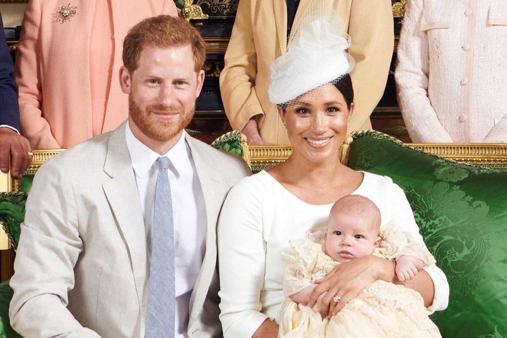 Kate-e-Meghan-post-parto-battesimo-Archie