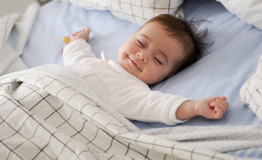 Dormire-con-i-bambini-nel-lettone