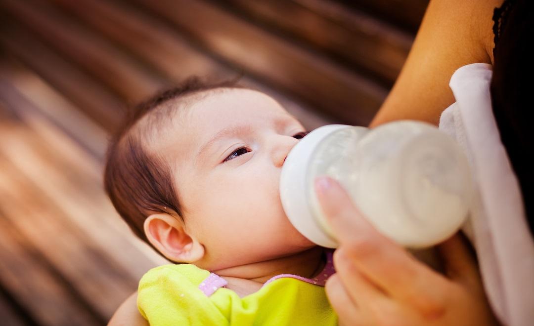 Come-conservare-il-latte-materno